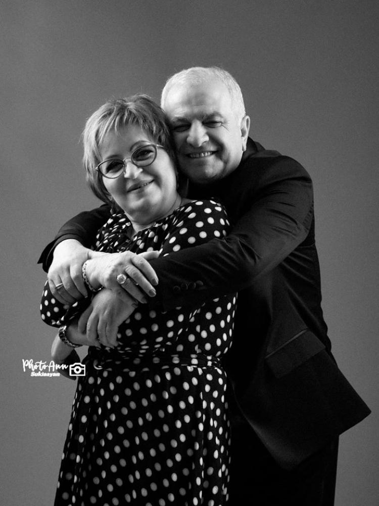 Սեր... Աշոտ Ղազարյանի և կնոջ ջերմ ֆոտոշարքը - FreeNews