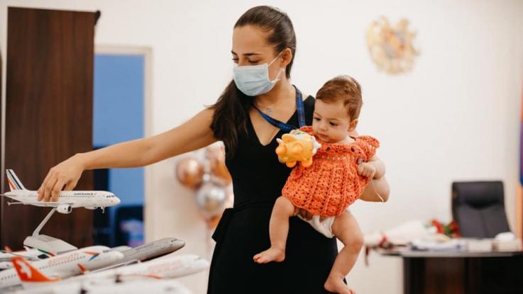 «Վերադարձել եմ աշխատանքի». Տաթևիկ Ռևազյանը լուսանկարներ է հրապարակել դստեր հետ