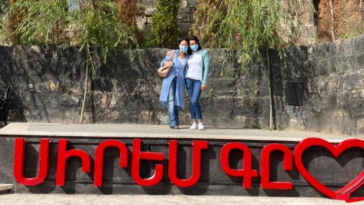 Աննա Հակոբյանի նոր լուսանկարները Գյումրիից
