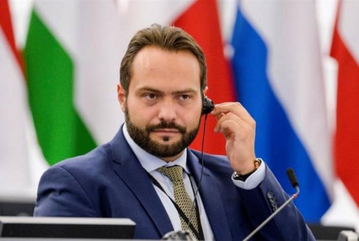 Եվրախորհրդարանի փոխնախագահը ԵՄ-ին հորդորել է դատապարտել ադրբեջանական ագրեսիան