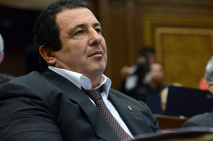 Ծառուկյանին մանդատից զրկելու հարցով ՍԴ դիմելու համար ԱԺ խորհուրդը երկուշաբթի  նիստ կհրավիրի. Factor.am