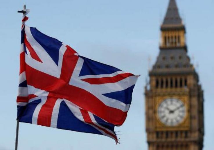 Բրիտանիան սկսել է աշխատանքային վիզաների համար դիմումների ընդունումը նոր բալային համակարգով