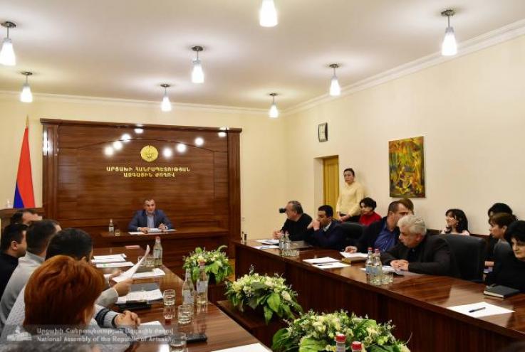 Արցախի ԱԺ հանձնաժողովը հավանություն է տվել զինծառայողների վնասների հատուցման պրոգրեսիվ վճարներին