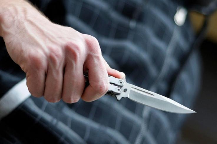 Կոտայքի մարզում դանակահարություն է տեղի ունեցել․ հայր ու որդի տեղափոխվել են հիվանդանոց