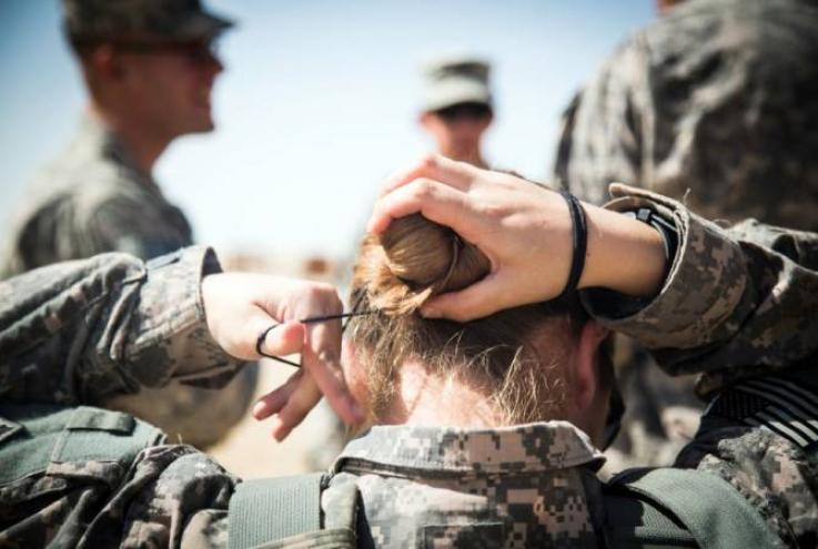ԱՄՆ-ի բանակում կանանց կթույլատրեն ներկել շրթունքները. Hill