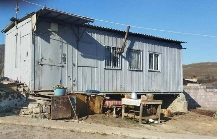 120 օրվա գերությունից վերադարձած Ա.Գ.-ի համար հայրենի գյուղում տուն կկառուցենք՝ մետաղական տնակի փոխարեն. Արեն Մկրտչյան