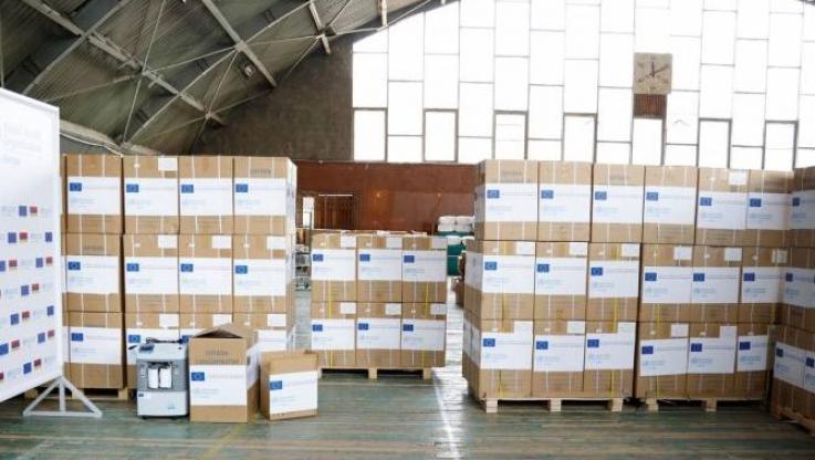 ԵՄ-ն ու ԱՀԿ-ն ՀՀ առողջապահության նախարարությանն են նվիրաբերել 100 թթվածնի խտացուցիչ