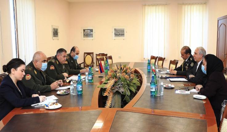 ՀՀ ԶՈՒ գլխավոր շտաբի պետն ընդունել է Իրանի դեսպանին