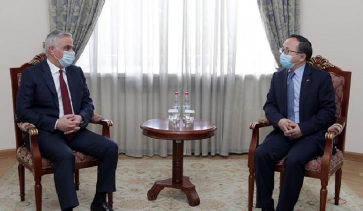 Փոխվարչապետ Մհեր Գրիգորյանն ընդունել է Չինաստանի դեսպանին