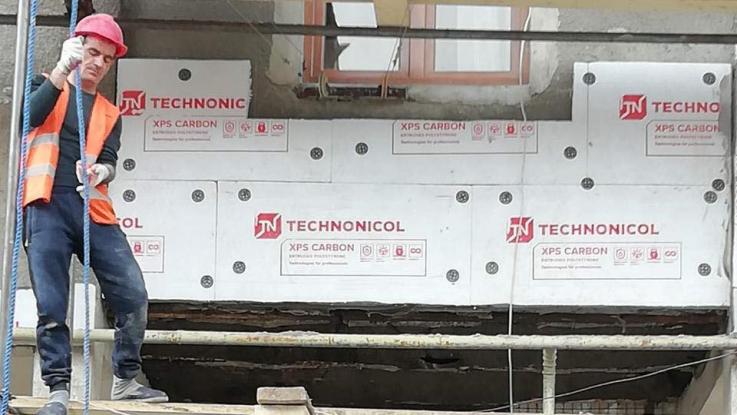 Քաջարանի բազմաբնակարան շենքերն արդիականացվում են և ջերմամեկուսացվում. Ս. Պապիկյան