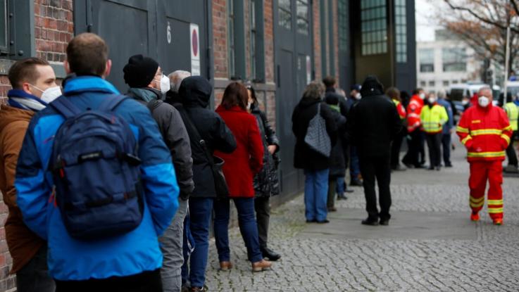 Գերմանիայում նախատեսվում է կորոնավիրուսի դեմ պատվաստվածների համար մեղմացնել կարանտինը