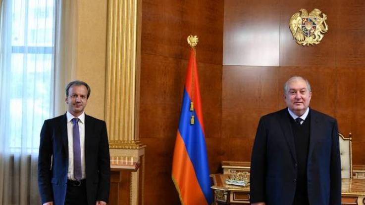 Արմեն Սարգսյանն ՖԻԴԵ-ի նախագահի հետ քննարկել է Հայաստանում շախմատի զարգացման հեռանկարները