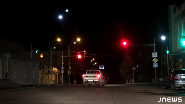 Վրաստանի իշխանությունները քննարկում են գիշերային ժամերին տեղաշարժի սահմանափակումների թուլացման հարցը