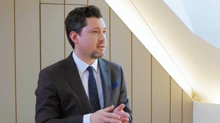 Կլեմենս Շտադլերը ներկայացնում է Ավստրիական զարգացման բանկի հաջողության հիմքում ընկած գործոնները