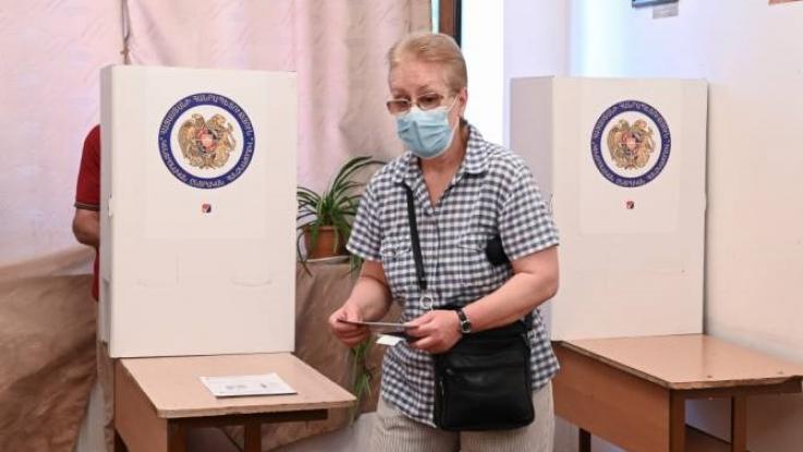 Դատախազությունը հորդորում է զերծ մնալ քվեախցիկում արված քվեաթերթիկների լուսանկարները հրապարակելուց