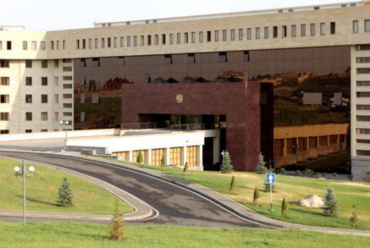 Ադրբեջանի ԶՈՒ վերահսկած տարածքում հայտնված կոմբայնը և կոմբայնավարը վերադարձվել են. ՀՀ ՊՆ