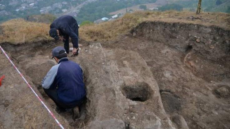 Վերսկսվել են պեղումները Տավուշ ամրոցի տարածքում