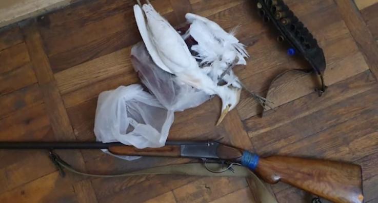 Արտաշատի ոստիկանները որսագողություն են բացահայտել ու թմրամիջոցներ հայտնաբերել