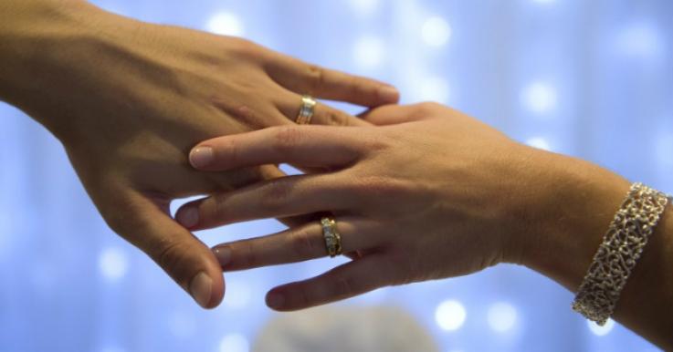 Նյու Յորքում  ամուսնության նվազագույն տարիքը սահմանվել է  18 տարեկան