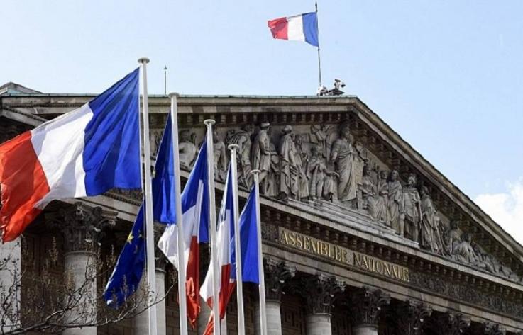 Ֆրանսիայի Սենատը հավանություն է տվել բուժաշխատողների պատվաստումը պարտադիր դարձնելումասին օրինագծին