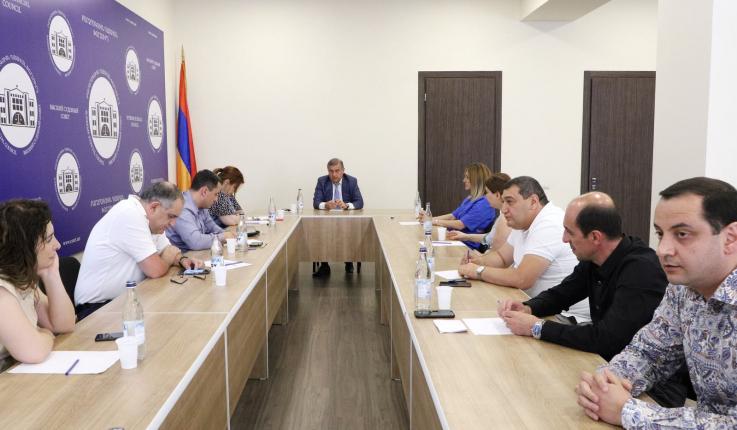 ԲԴԽ անդամները հանդիպեցին քաղաքացիական գործեր քննող դատավորների հետ