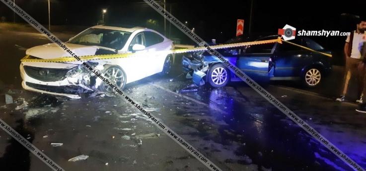 Երևանում բախվել են Mazda-ն ու Opel-ը. վարորդները տեղափոխվել են հիվանդանոց