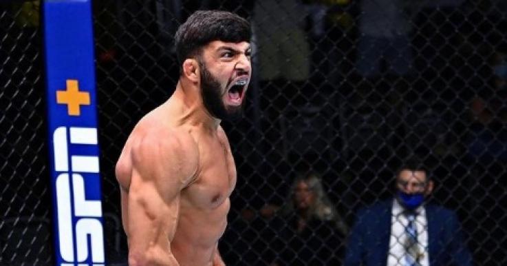 UFC Fight Night. Արման Ծառուկյանը տեխնիկական նոկաուտով հաղթել է ամերիկացուն