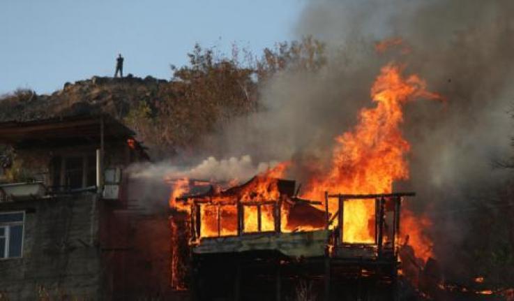 Եղեգնավանում տան տանիք է այրվել