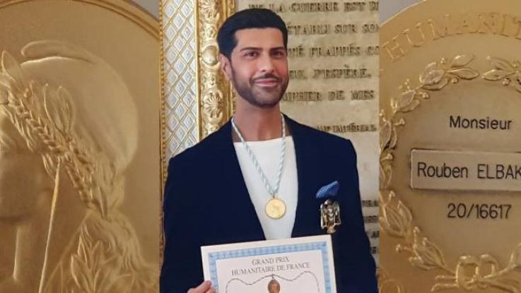 Երաժշտարվեստում ունեցած ներդրման համար ֆրանսաբնակ հայ տենորն արժանացել է ոսկե մեդալի