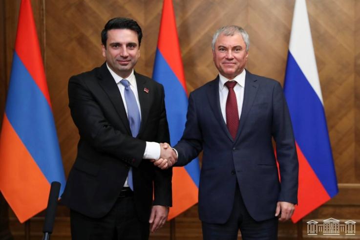 ՀՀ ԱԺ նախագահը շնորհավորել է Վյաչեսլավ Վոլոդինին ՌԴ Պետդումայի նախագահի պաշտոնում վերընտրվելու կապակցությամբ